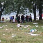 Tiganii au plecat, a ramas gunoiul