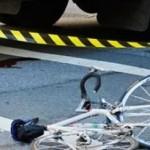 Biciclist lovit de autobuz la Babeni