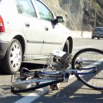 Biciclist accidentat grav la Horezu