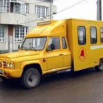 Soferii microbuzelor scolare, amendati la sange de politisti