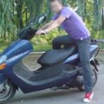 La 15 ani, cu scuterul furat
