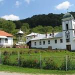 Manastirea Frasinei, cea mai cautata de Pasti