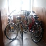Initiativa inedita, la Lungesti: angajatii primariei se deplaseaza pe teren cu bicicleta
