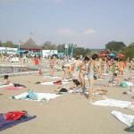 Intrare cu cartela la strandul din Ostroveni