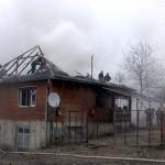 Incendiu la o casa din Cernisoara