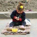 Fetita de cinci ani, prinsa la cersit