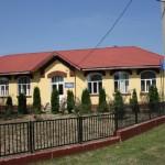 O singura scoala a ramas, cea din centrul comunei