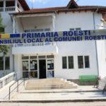 Comunitatea din Roeşti a înţeles că schimbarea nu aduce rezolvarea problemelor